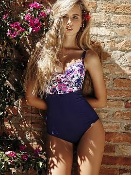 Swimsuit one piece   Anabel Arto